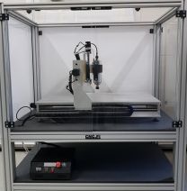 Suojaseinällinen CNC-yläjyrsin